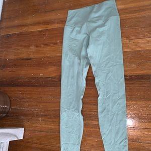 Limited edition color lululemon align pants!